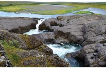 Владимир Мальцев.  Водопад, река Хальмер-ю.