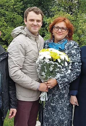 С педагогом гимназии искусств Валентиной Ревунец.